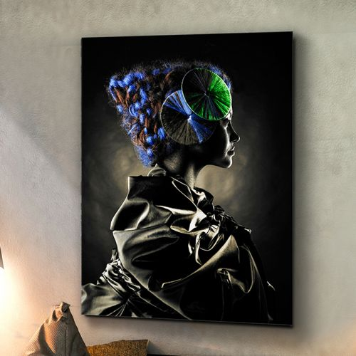 Geisha Printed Glass Wall Art