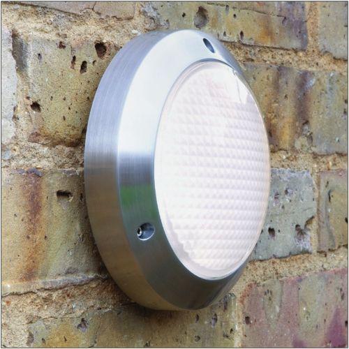 Astro Toronto Classic 170 Polished Aluminium Outdoor Wall Light 1039005