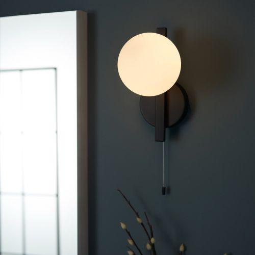 Wall Light Pull Switch Bathroom Fitting IP44 Opal Glass Shade Matt Black Spa REG/505178
