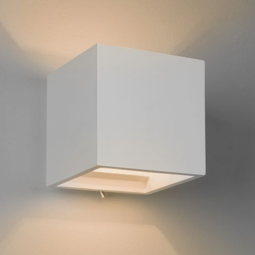 Astro Pienza 140 Switched Indoor Wall Light in Plaster 1196004