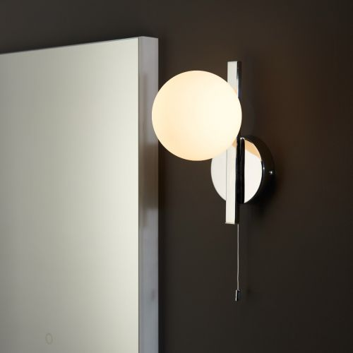 Wall Light Pull Switch Bathroom Fitting IP44 Opal Glass Shade Polished Chrome Spa REG/505178